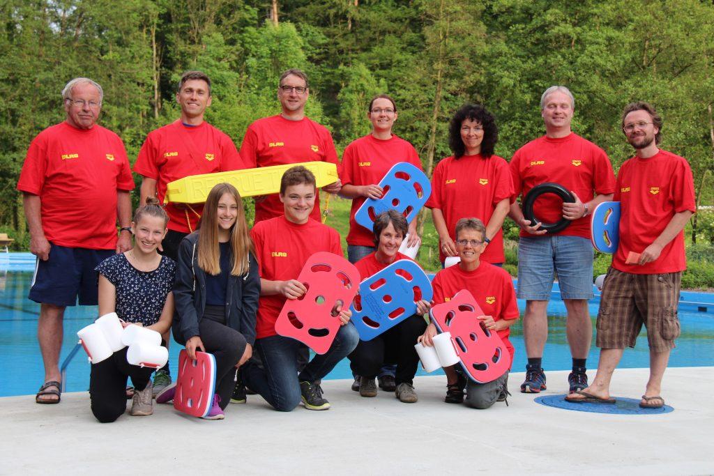 DLRG-Team Freibad Landau